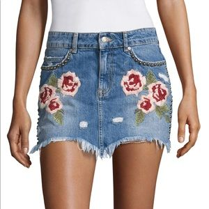 Free People Floral Embroidered Denim Skirt Sz 24